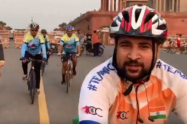 Fitness Enthusiasts – Cycling on Rajpath