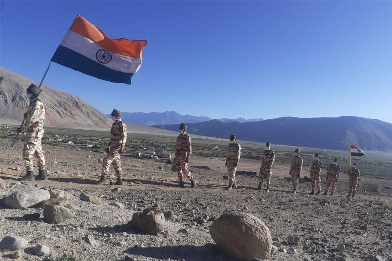 Army Flag March in border
